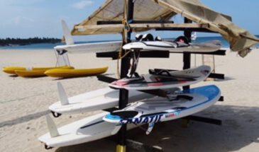 sri lanka trincomalee surfplanken in hutje